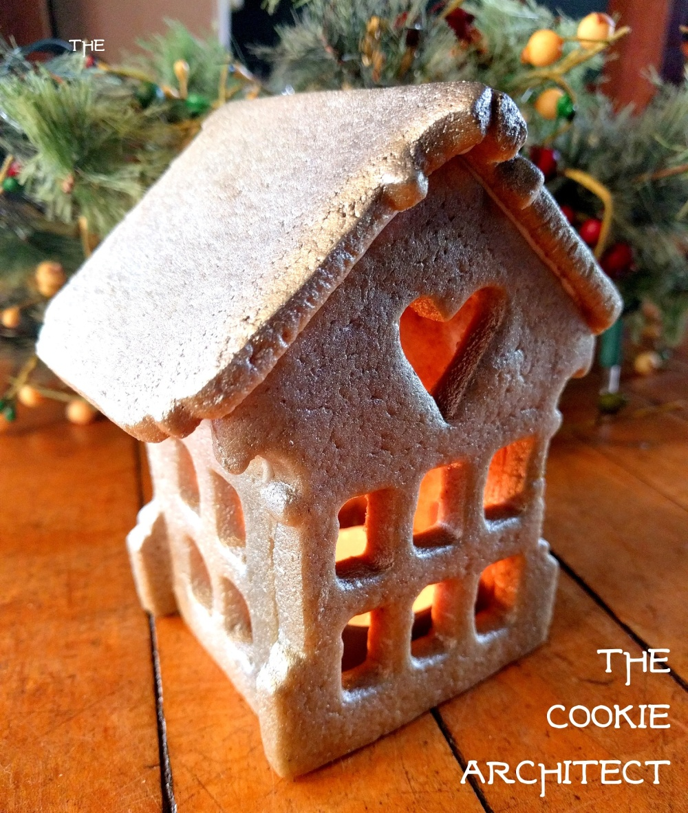 small gingerbread house | The Cookie Architect